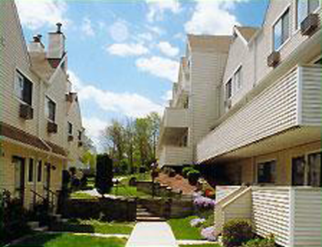 Mill Rover Townhouse Condos New Neighborhoods